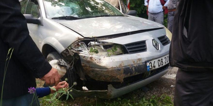 Kastamonu'da tır ile otomobil çarpıştı