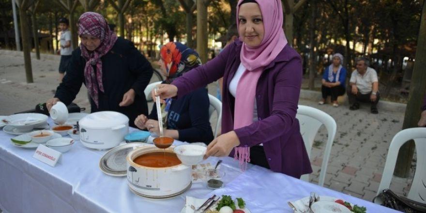 Gediz'de tarhana pişirme yarışması kayıtları başladı