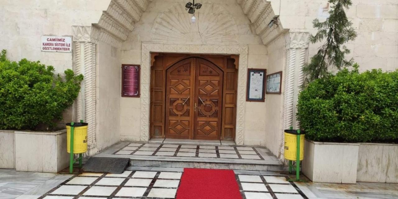 Siirt'te camiler ikinci bir emre kadar kapatıldı