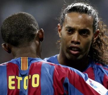 Ronaldinho'yu Eto'o getirecek