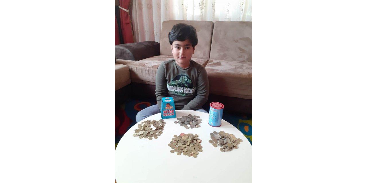 Ömer Tayyip, kitap almak için biriktirdiği parayı kampanyaya bağışladı