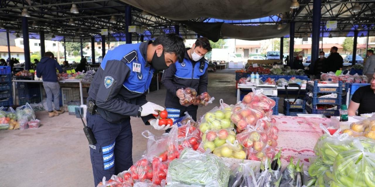 Marmaris'te pazarlar kontrol altında