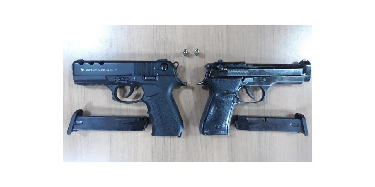 Maskeli soyguncular polisten kaçamadı