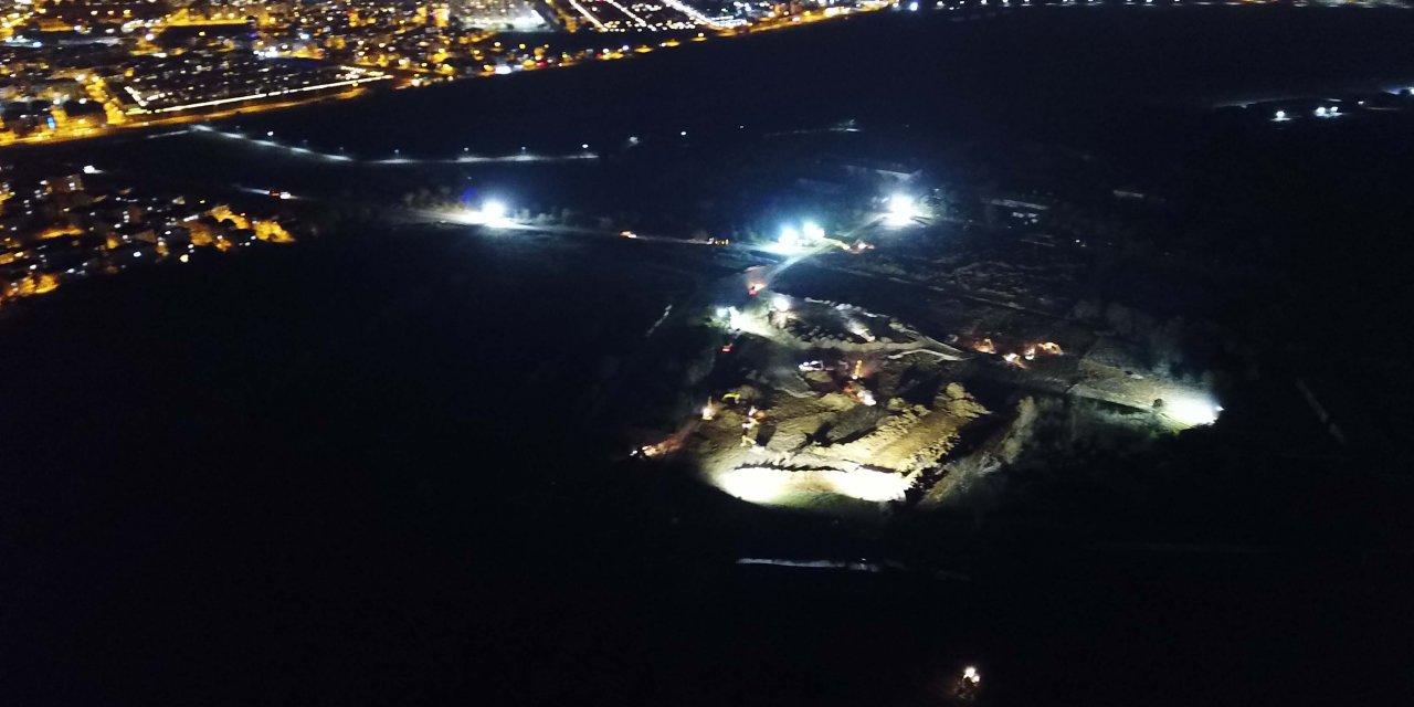 İstanbul'da hastane çalışmaları gece drone ile fotoğraflandı