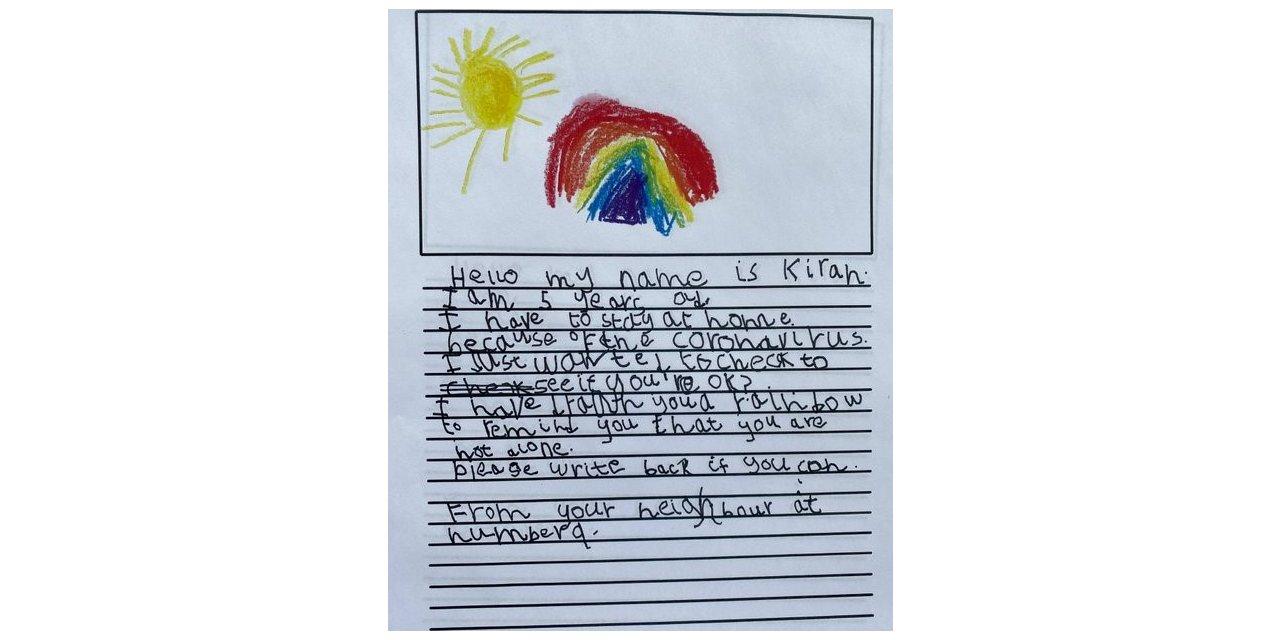 5 yaşındaki çocuktan, 93 yaşındaki komşuna destek: 'Yalnız değilsin'
