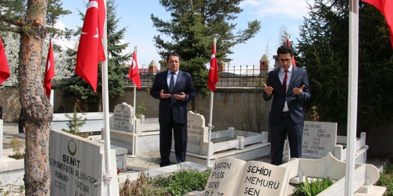 Oltu'da 10 Nisan Polis günü 5 kişi ile  kutlandı