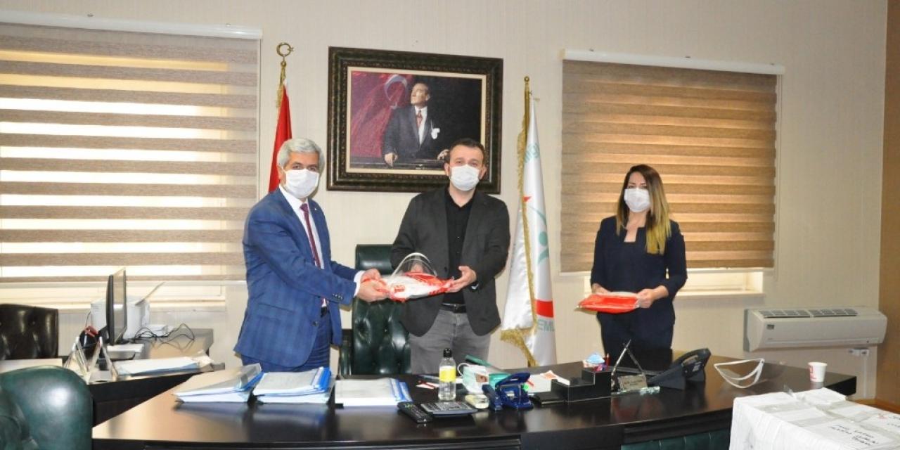Erdemlililer Platformundan sağlık çalışanlarına maske ve tulum desteği