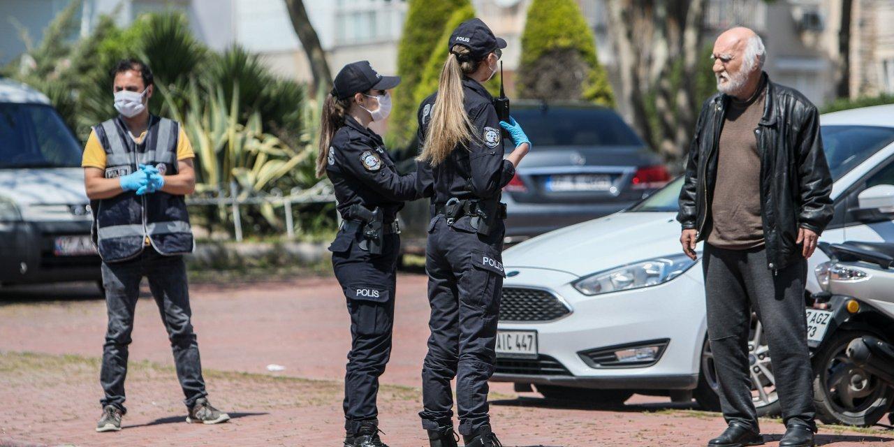 Antalya'da polisten sıkı koronavirüs tedbirleri denetimi