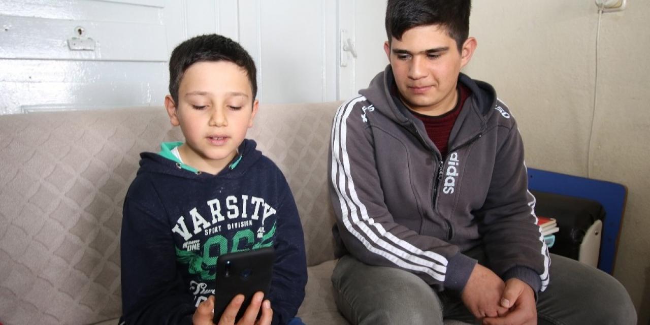 Küçük Yasin'den 'Biz Bize Yeteriz Türkiyem' Kampanyası'na Destek