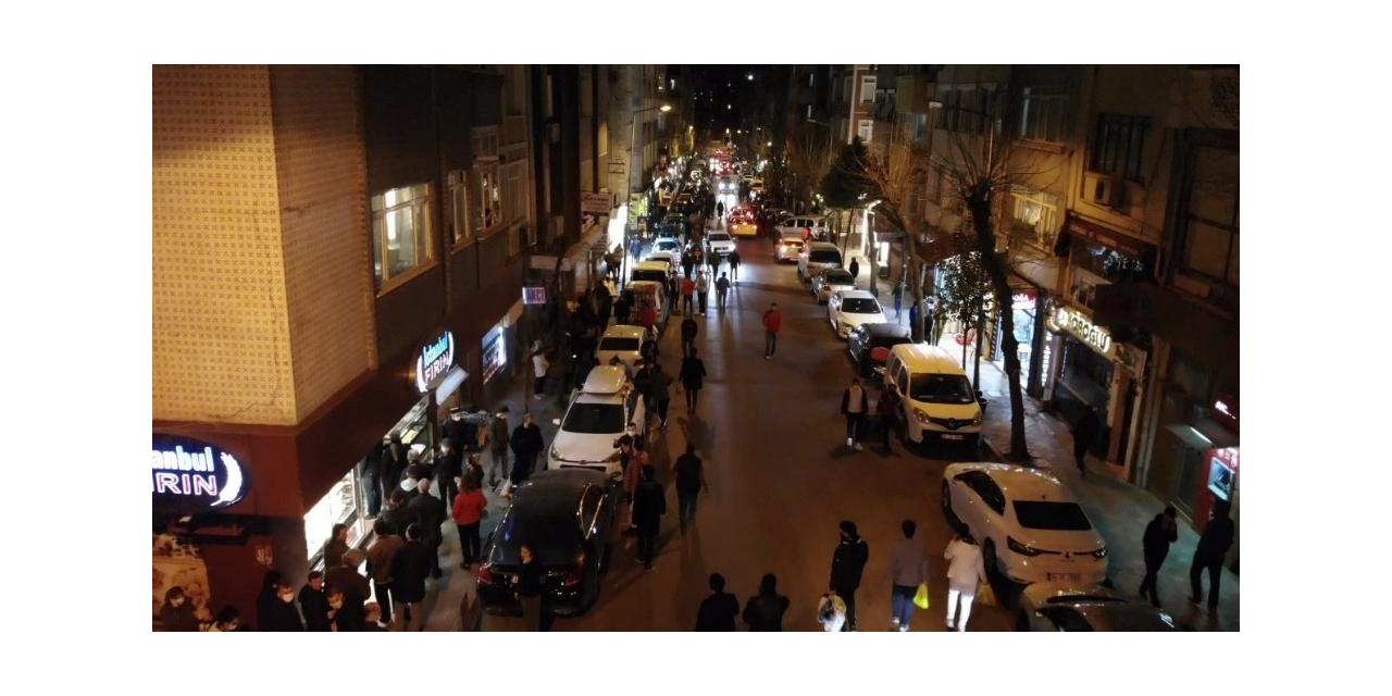 Fatih'te araç ve insan yoğunluğu drone ile havadan görüntülendi