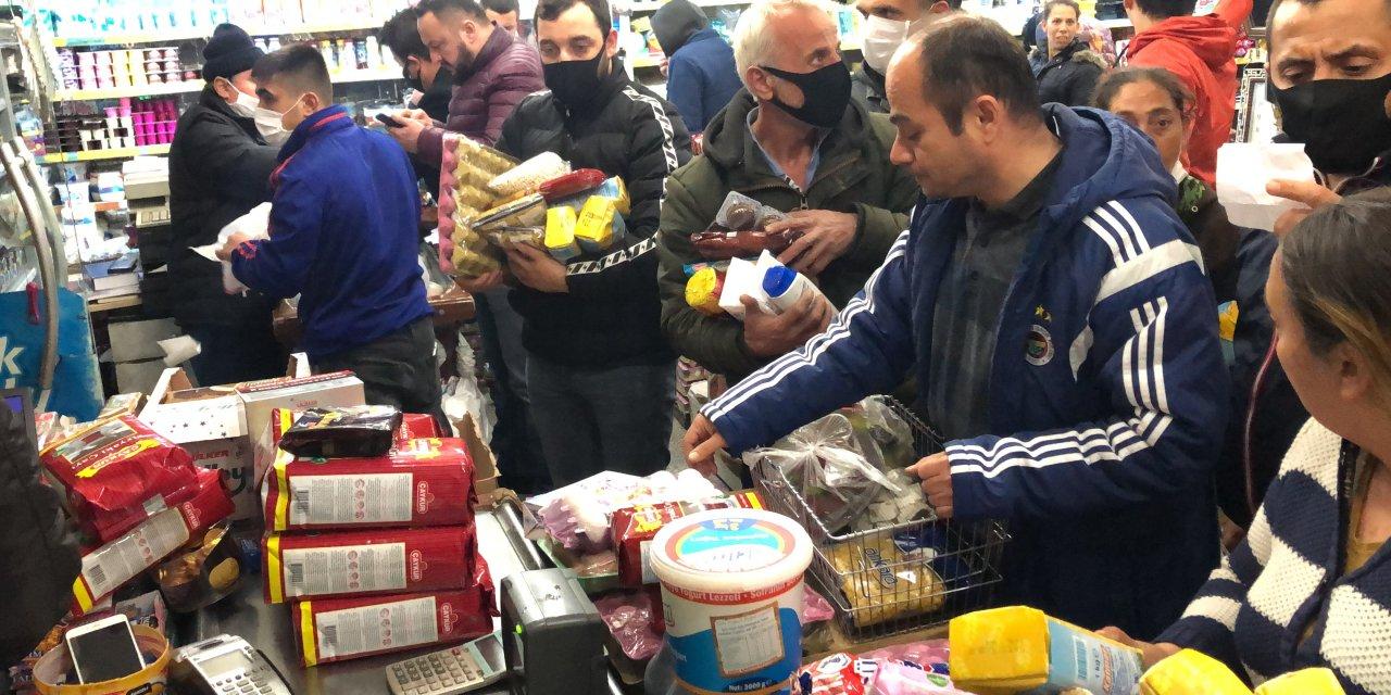 Zonguldak'ta vatandaşlar fırın ve marketlere akın etti