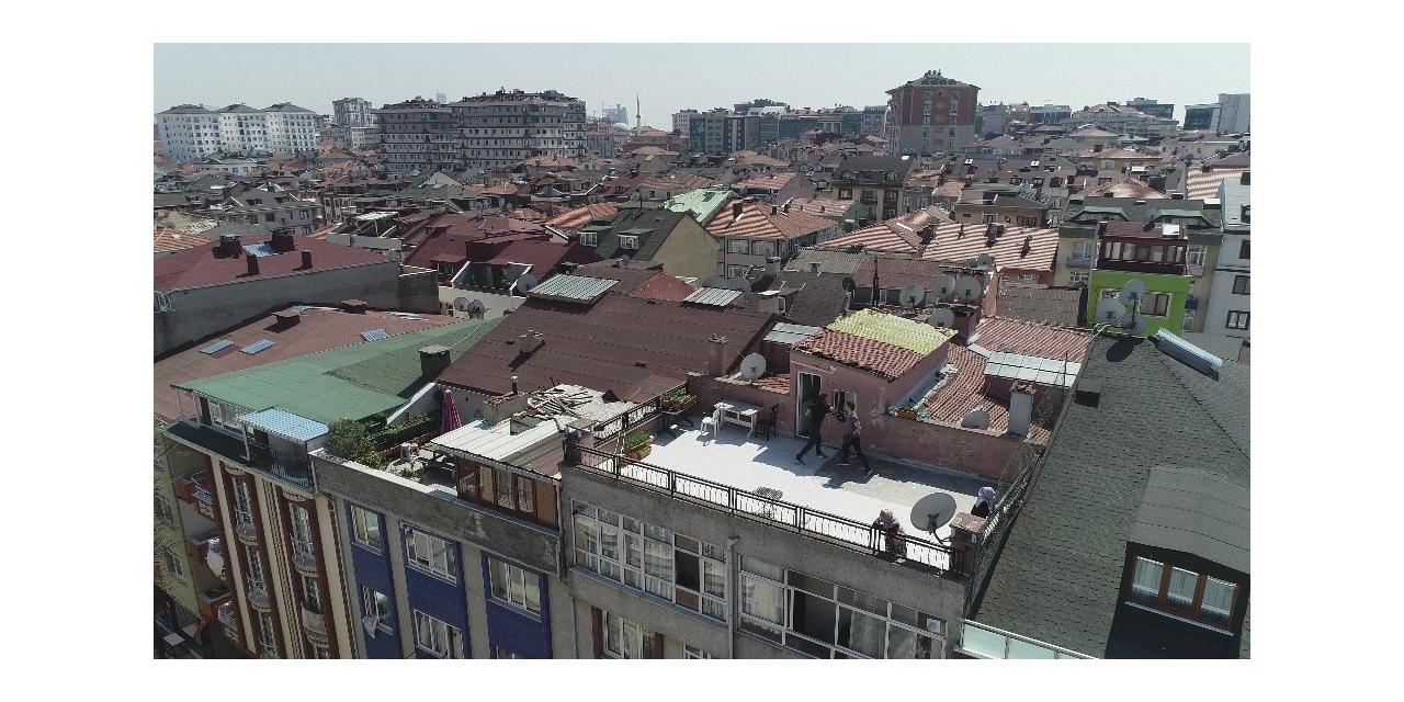 Sokağa çıkma yasağında çatı katında boks havadan görüntülendi