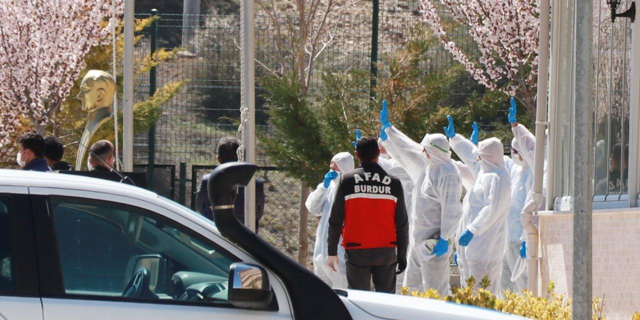 Burdur'da karantinadaki 15 kişi evlerine gönderildi