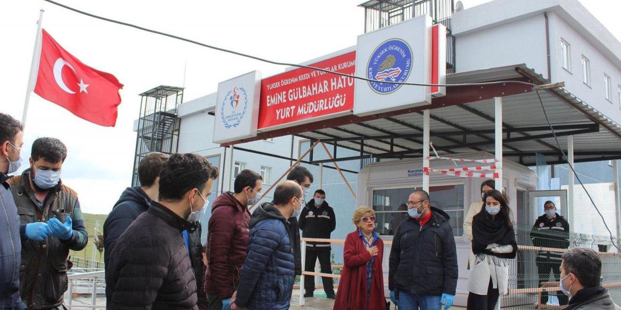 Kütahya'da karantinadaki 164 kişi, memleketlerine uğurlandı