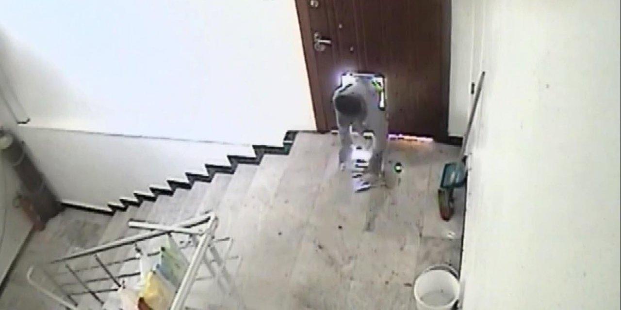 Eskişehir'de kapalı restorandan 10 bin liralık bakır sürahi çalanlar kamerada