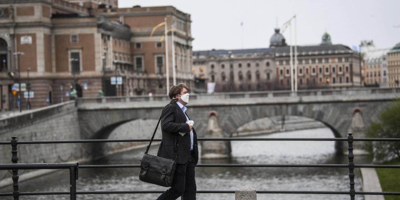 İsveç'te son 24 saatte korona virüsten 90 kişi öldü