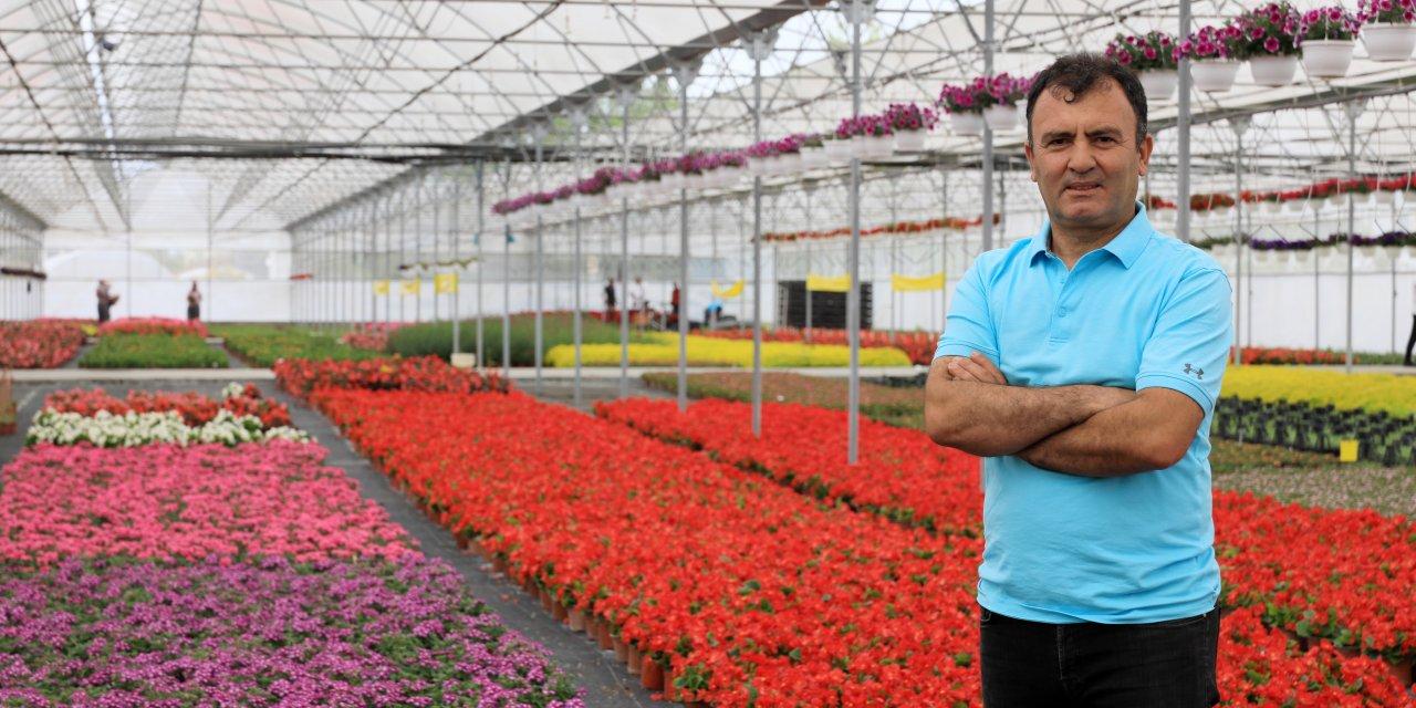 İtalya ve İspanya'nın üretemediği çiçek, Antalya'dan gidecek
