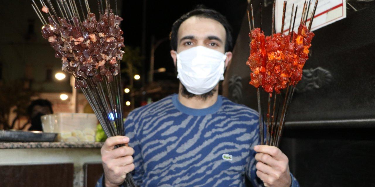 Şanlıurfa'da sahurdapaket ciğer kebabına ilgi