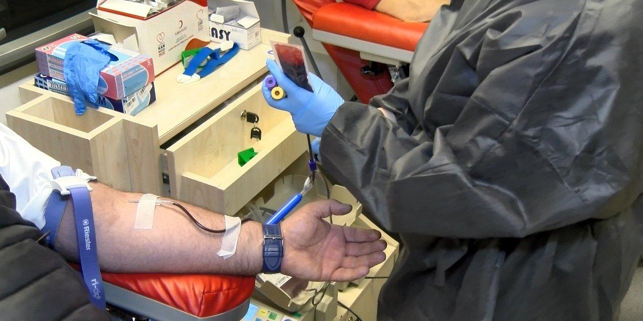 Tuzla Belediyesi kan bağışı kampanyası düzenledi