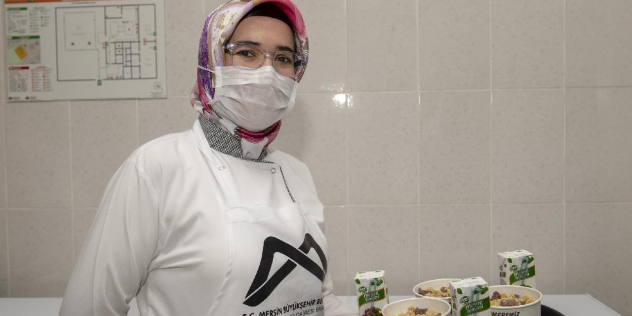 Büyükşehir Belediyesinin yemekleri 200 bin kişiye ulaştı
