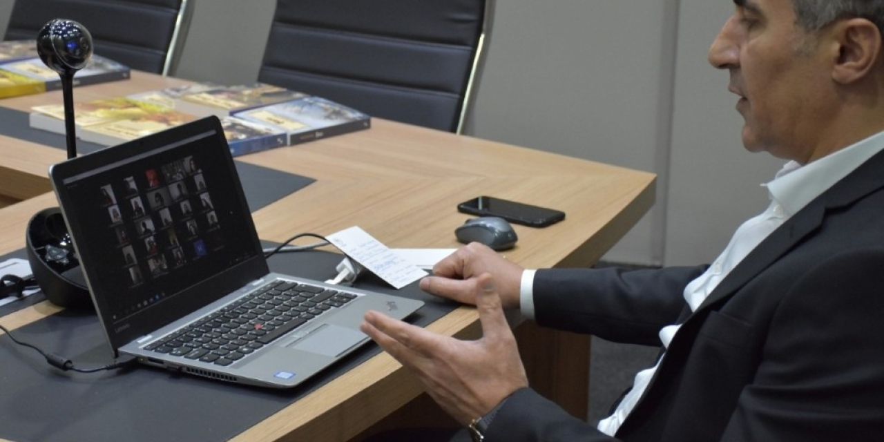 Müdür Arıcıoğlu, Milli sporcularla tele konferans aracılığı ile görüştü