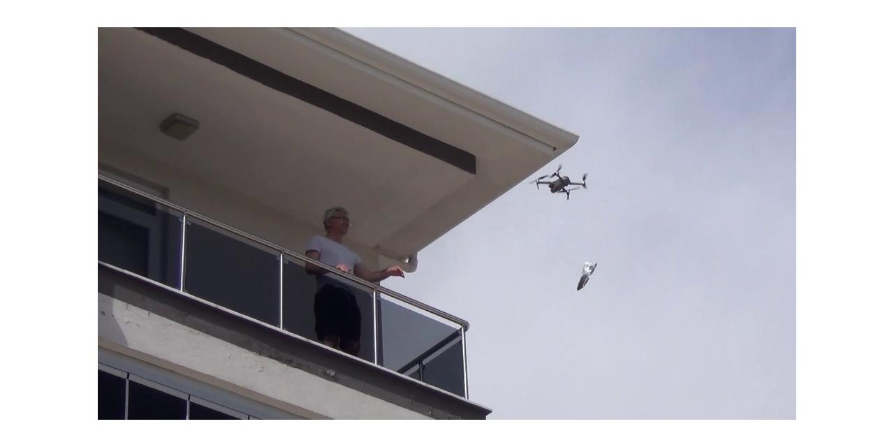 Çorum'da evden çıkamayanlara drone ile maske servisi