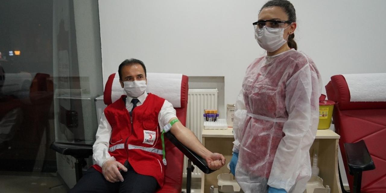 Kastamonu'da Kızılay'ın çağrısıyla 3 saate 70 ünite kan toplandı