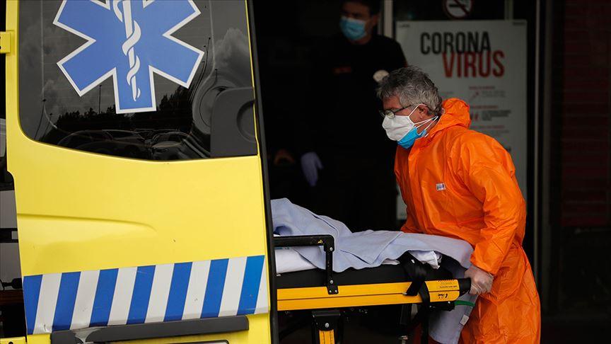 İspanya'da Kovid-19 nedeniyle 10 bin sağlık çalışanı enfekte oldu