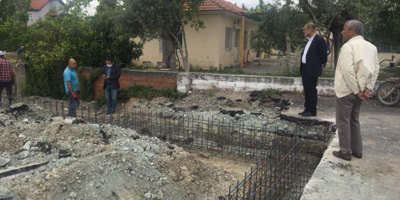 Başkan Uzundemir mahallelerdeki çalışmaları inceledi