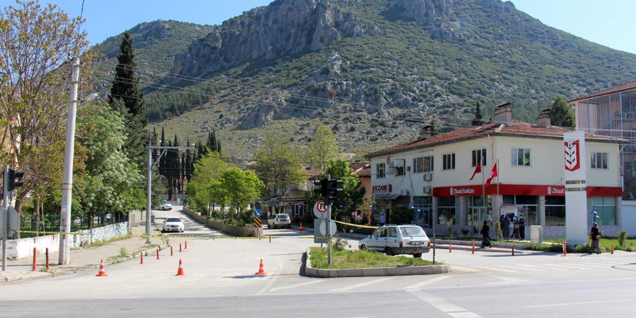 Burdur'un 2 ilçesinde 24 yeni koronavirüs vakası