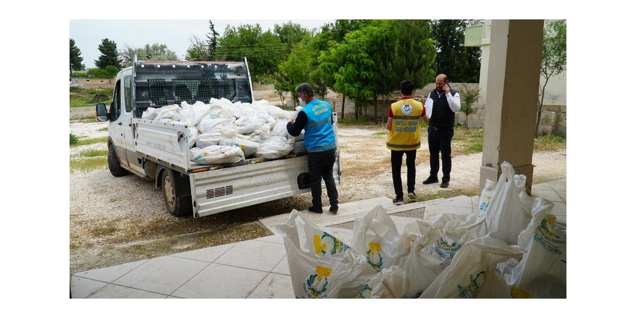 Haliliye kırsalındaki vatandaşlara gıda desteği