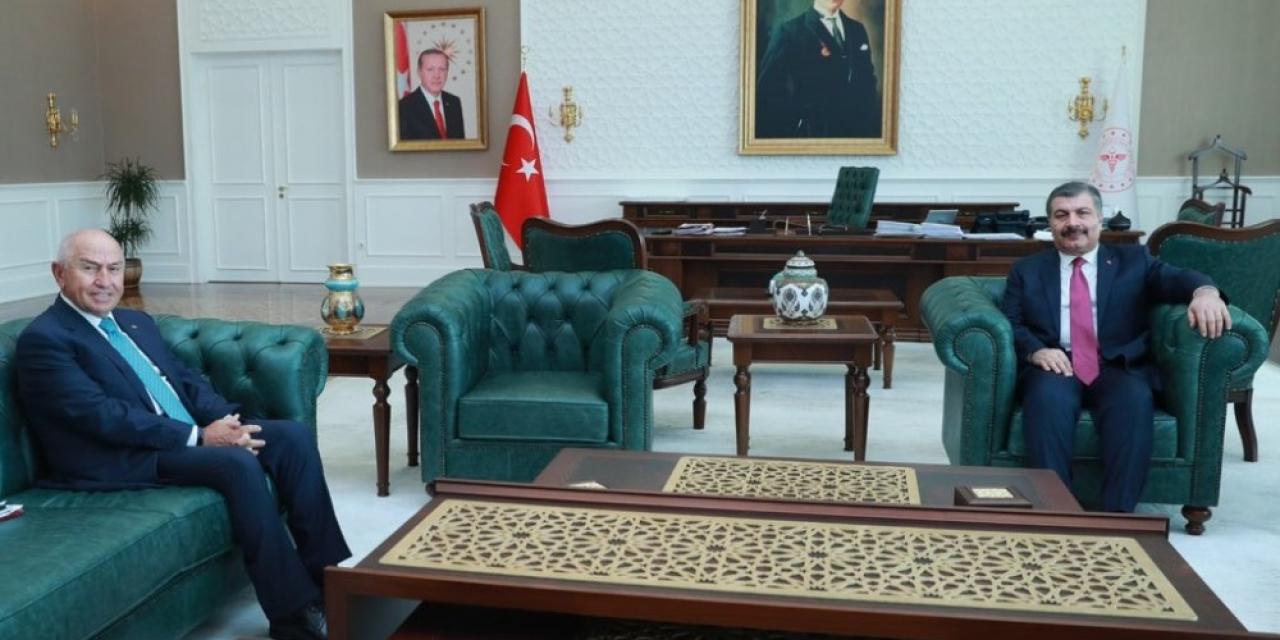 """Sağlık Bakanı Koca: """"Liglerin devamı federasyonun kendi iradesiyle alacağı bir karar"""""""