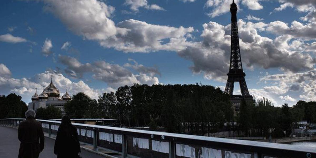 Fransa'da koronavirüs nedeniyle son 24 saatte 330 ölüm
