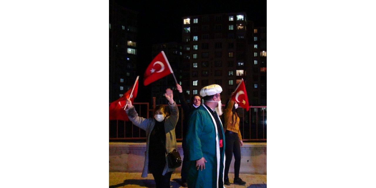 Yozgat'ta ramazan eğlencesi balkonlara taşındı