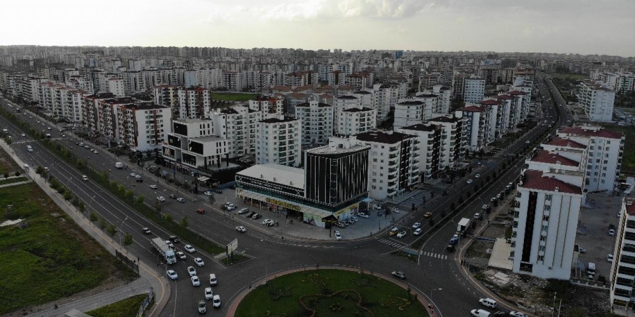 Türkiye'nin en büyük mahallesi, modern yüzü ile yatırım bölgesi olacak