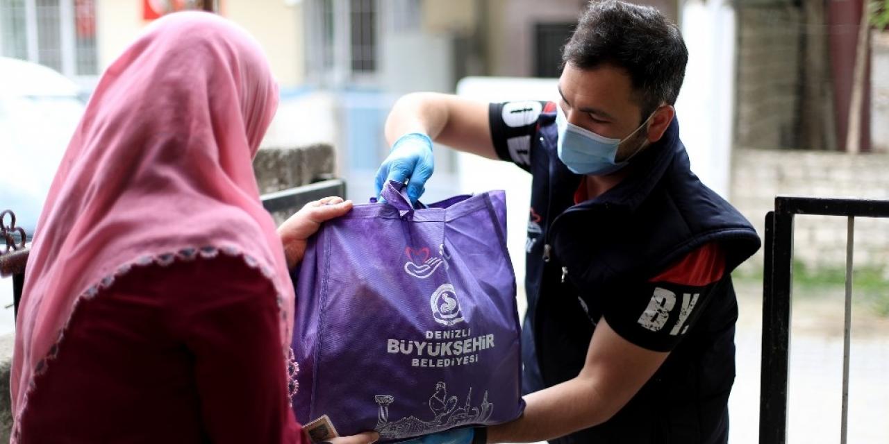 Büyükşehir'den 20 bin aileye Ramazan yardımı