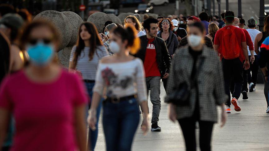 İspanya'da Kovid-19 ölümlerindeki düşüş sürüyor