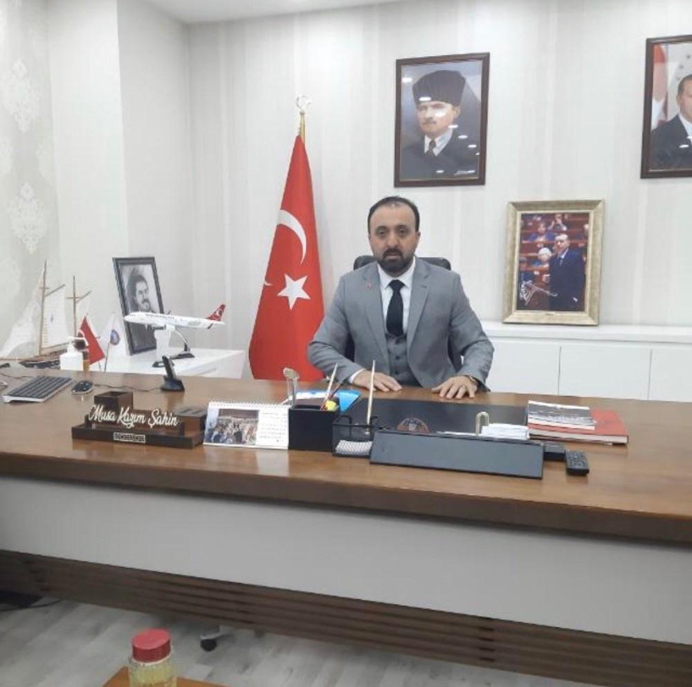 Trafik kazası geçiren AK Parti Meclis üyesi Şahin hayatını kaybetti