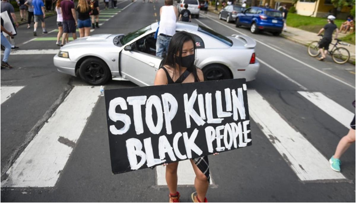 ABD'de siyahi vatandaşın polis şiddetiyle ölümü protesto edildi