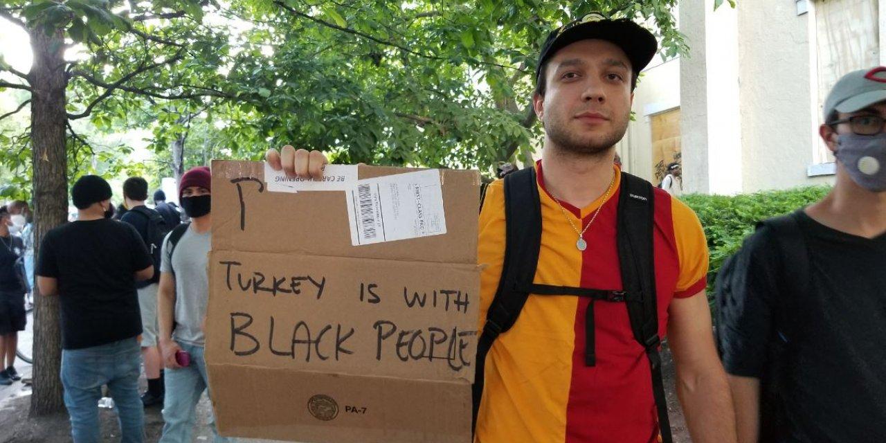 Beyaz Saray önündeki 'George Floyd protestosunda' Galatasaray formalı Türk ilgi odağı oldu