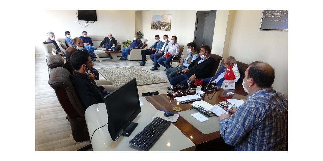"""Ardahan'da STK temsilcilerinden """"meraların korunması"""" kararına destek"""