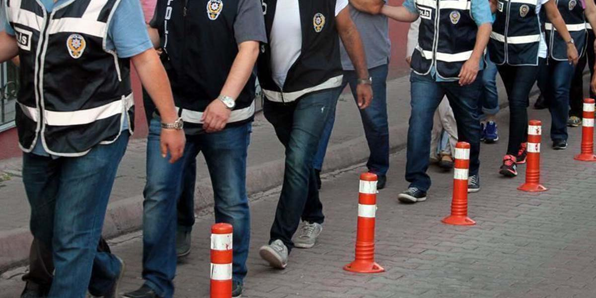 Eş zamanlı operasyonla 31 FETÖ şüphelisi gözaltına alındı