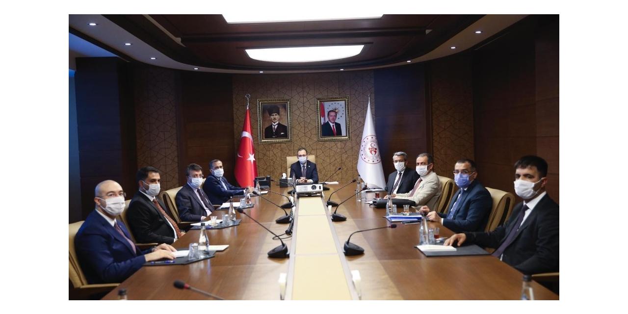 Milletvekili Arvas öncülüğündeki Van heyetinden Bakan Kasapoğlu'na ziyaret