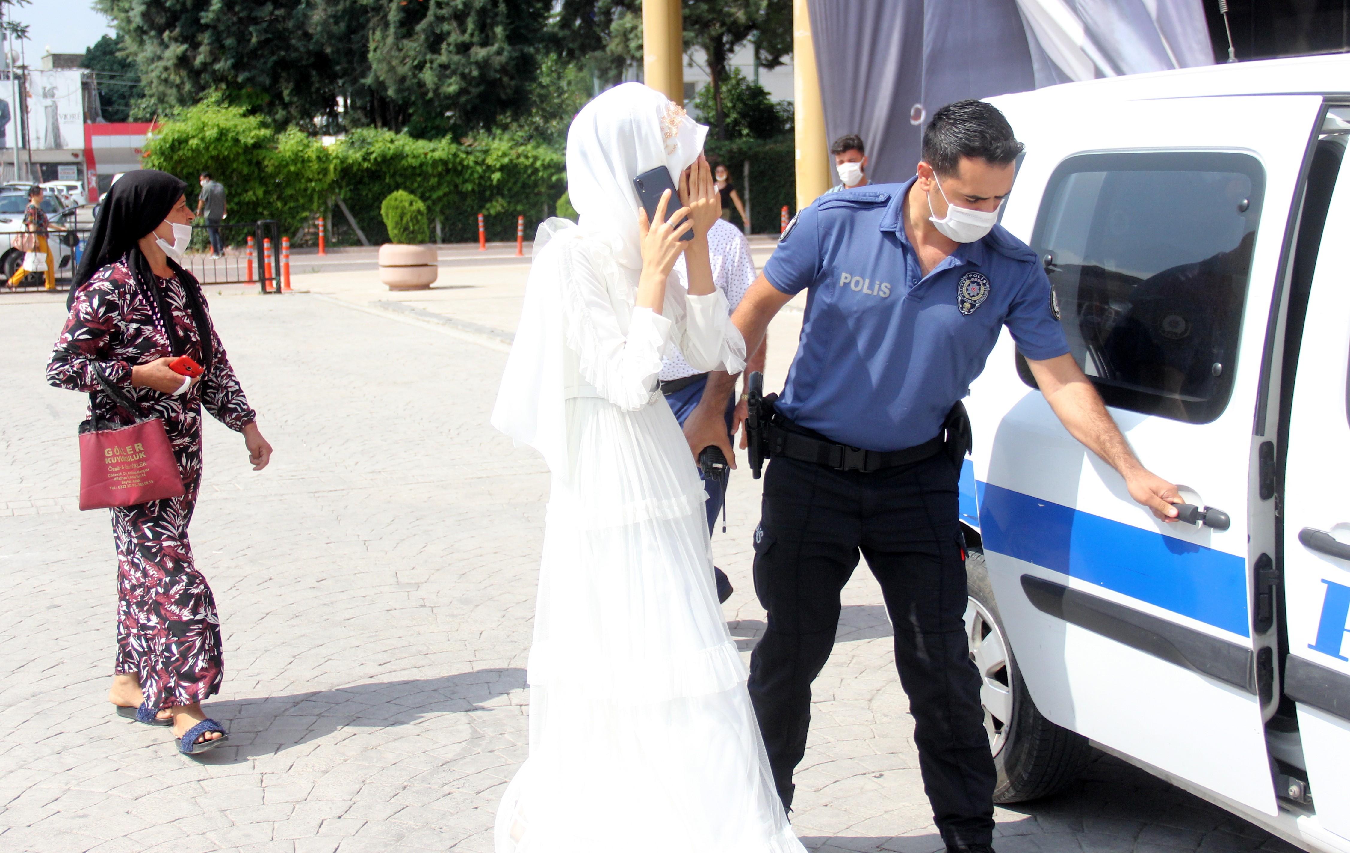 Zorla evlendirilmek istenen kızı polis kurtardı