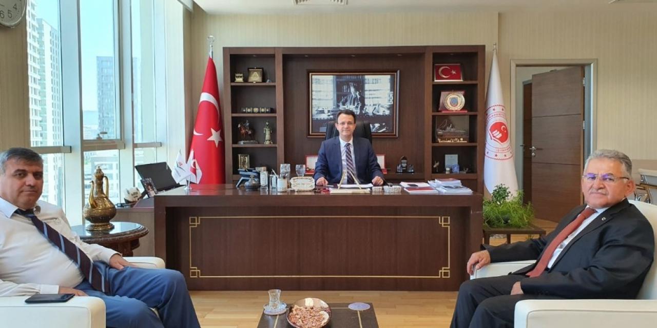 Başkan Büyükkılıç 'Erciyes' için protokol imzaladı