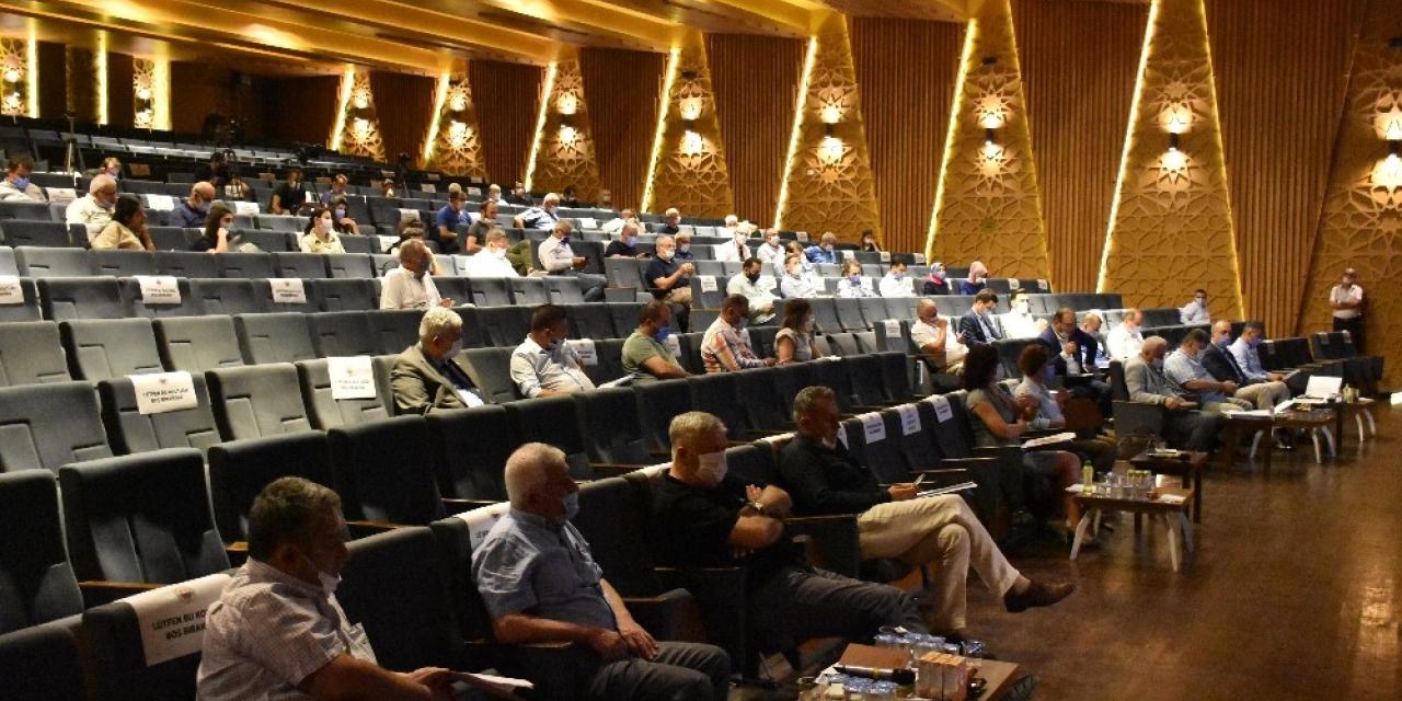 Gemlik Belediye Meclisi'nde encümen ve komisyon üyeleri seçildi