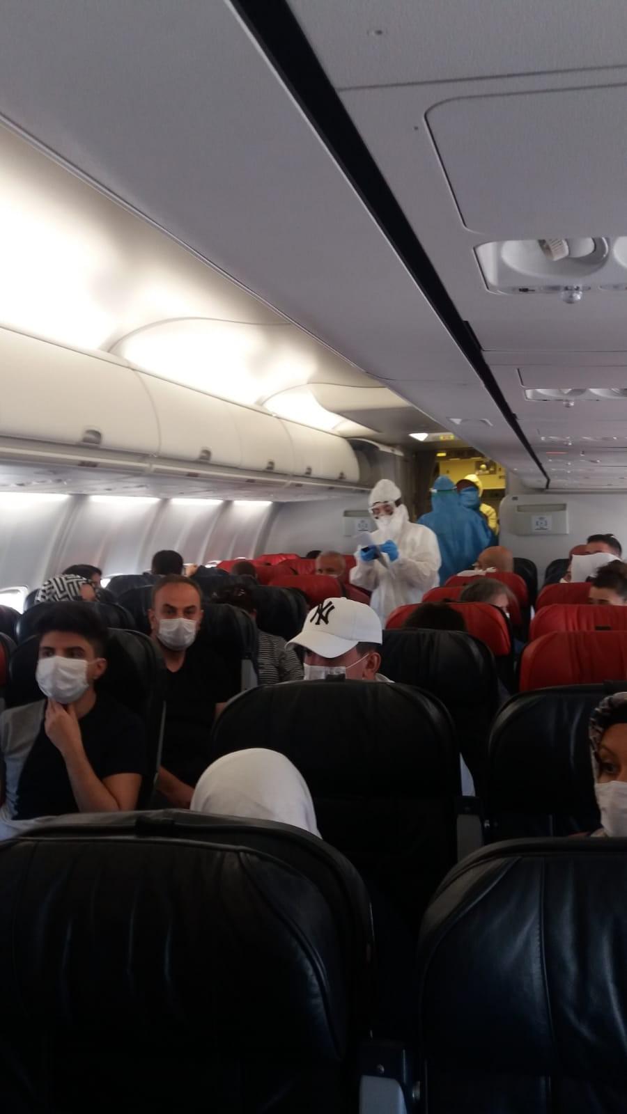 Diyarbakır-Ankara uçağında koronavirüs paniği!