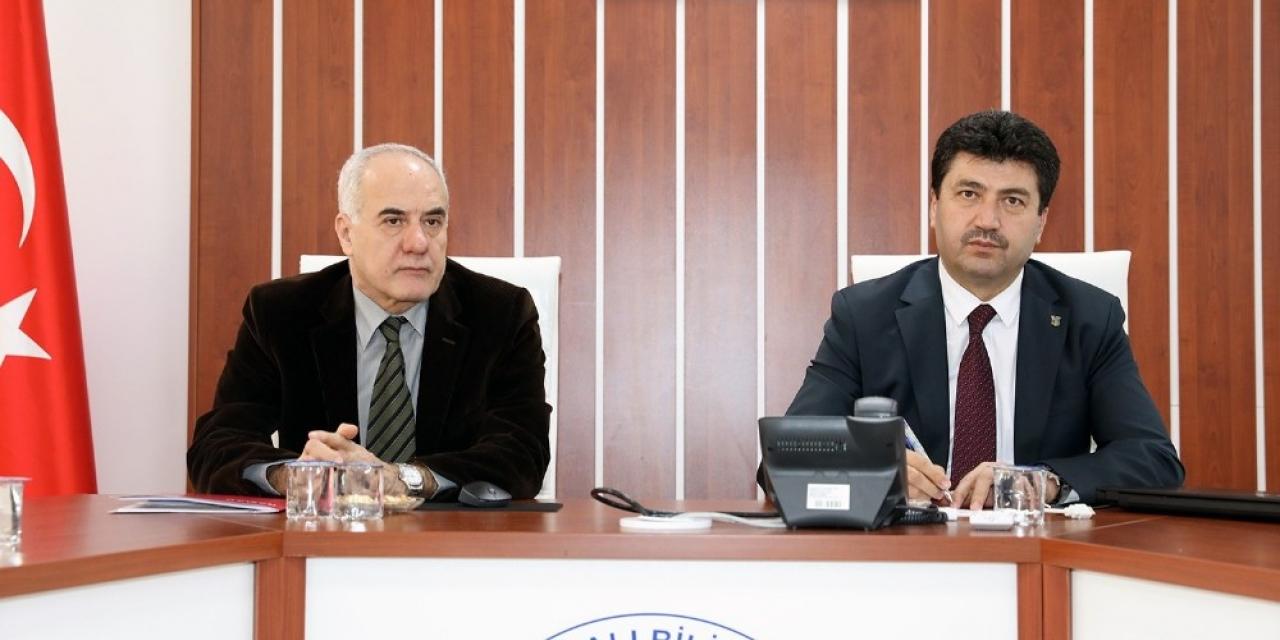 Turizm Fakültesi Dekanı Prof. Dr. Mehmet Sarıışık: