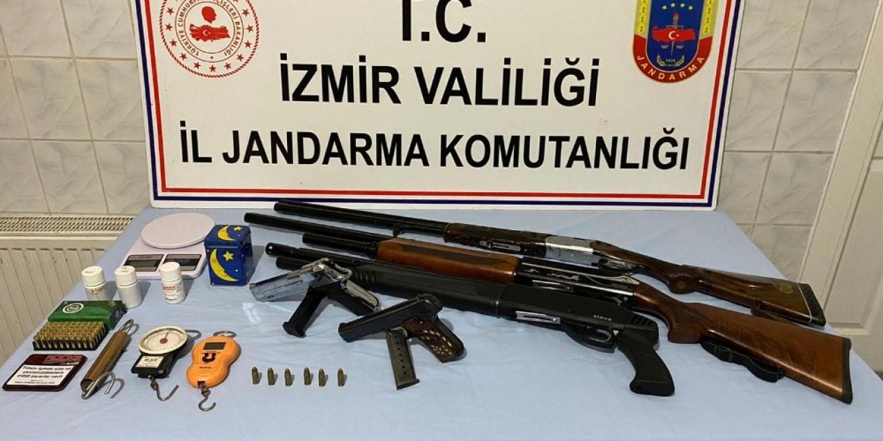 İzmir'de Hint keneviri ve silah ele geçirildi