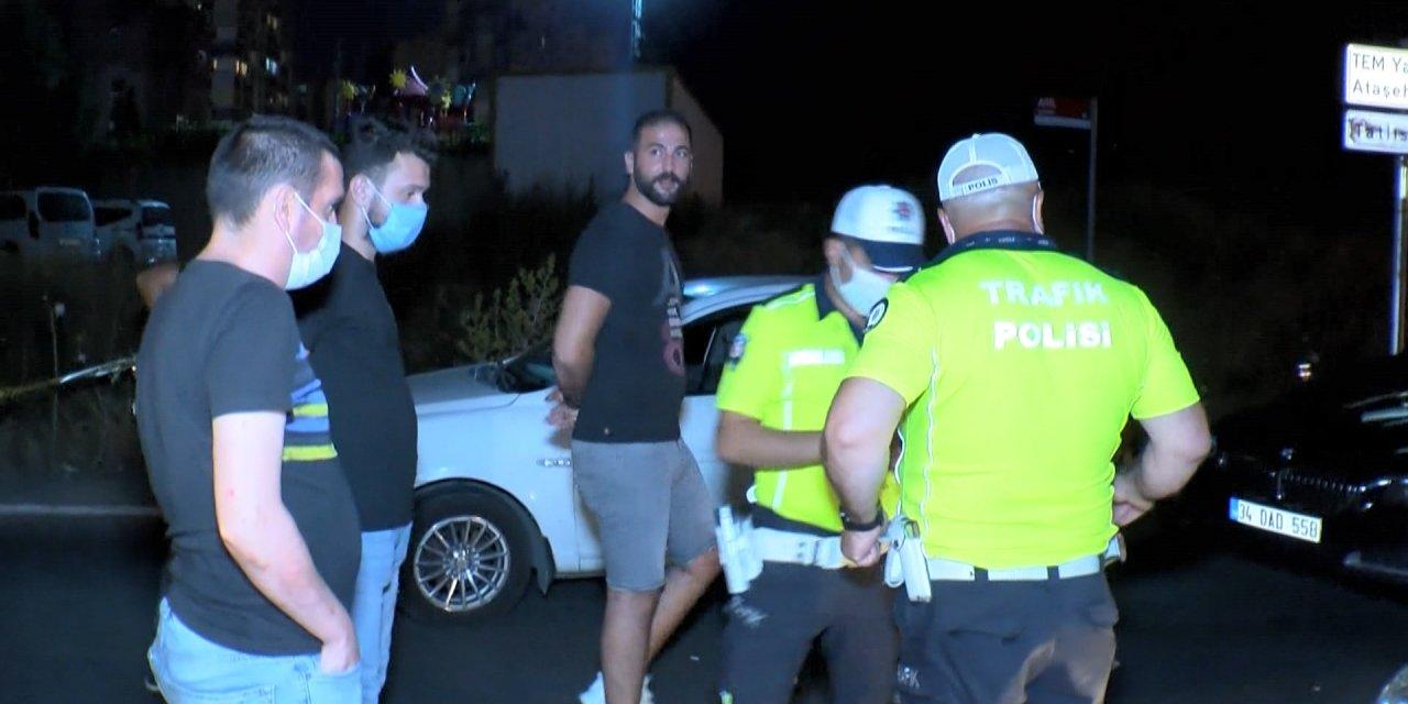 Ümraniye'de polistan kaçan sürücü kaza yapınca yakalandı